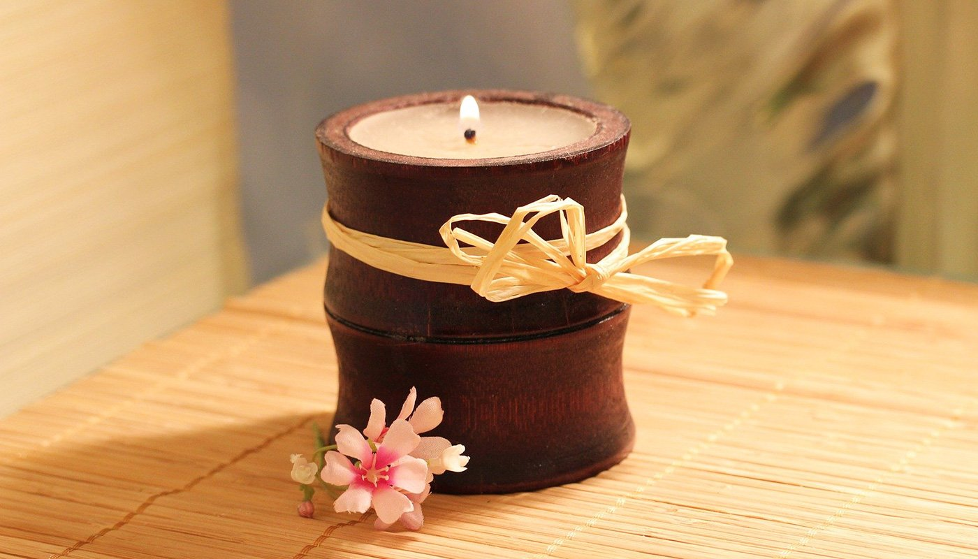 Candle with short wick