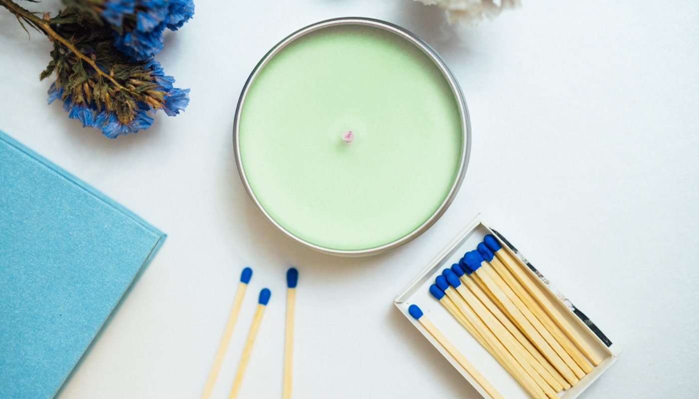Scented candle with matches