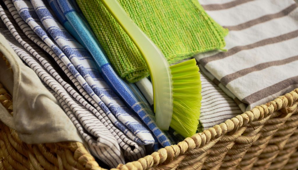 Dish cloths and kitchen towels